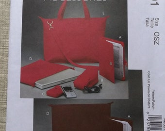 Tote, Laptop/Notebook Cases, Cord Cases, All 25 Uncut/FF McCall's Fashion Accessories Sewing Pattern M6091