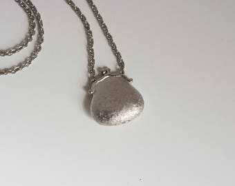 Silver Pouch Locket Necklace 1970s Vintage //
