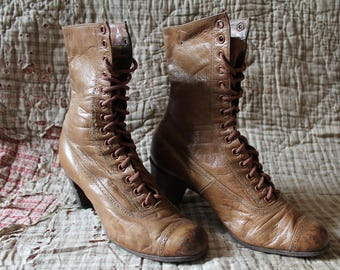 1900s antique vintage brown French womens/girls leather boots size 3 victorian edwardian