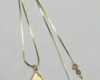 "UNIQUE 14k Yellow Gold Hebrew CHAI Teardrop Locket on 20"" Yellow Gold Chain"