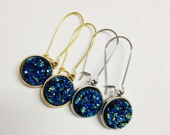 Peacock Druzy Earrings, Blue Drusy Earrings, Druzy Earrings in Mermaid, Metallic Blue Druzy, Blue Green Druzy Earrings, Druzy Drop Earrings