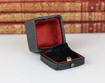 Antique Ring Box with Clasp Sweeneys Bradford Very Sweet Engagement or Wedding Ring Box