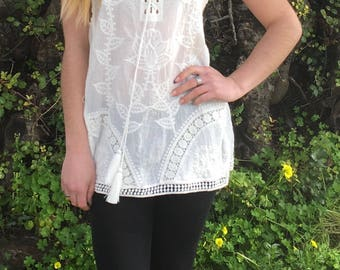 Womens Tunic,Summer Blouse,White Blouse,Womens White Shirt,Blouses For Women,Tunic Blouse,Tops & Tees,Boho Blouse,Embroidered Top,Blouses