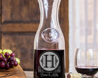 monogram wine decanter, Anniversary gifts for women, 5th anniversary gift, engraved gifts, etched wine decanter, personalized wine decanter