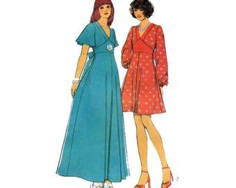 Style 4486, Day Dress, Maxi Dress, 70s Retro Style, Boho, Empire Waist, Flutter Sleeve, Long Sleeve, V Neckline, Fit Flare, Size 10