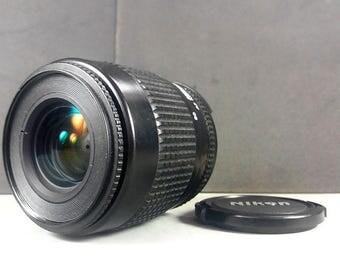 Nikon AF Nikkor 35-80mm f/4-5,6 D zoom lens for digital & 35mm cameras