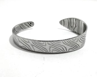 mokume gane wide band bracelet damascus stainless steel with twisted veins in relief hand-forged