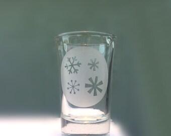 Snowflake Shot Glass, Christmas Shot Glass, Hand Engraved