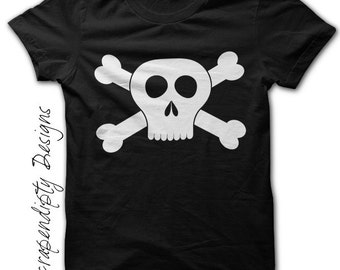 Boys Pirate Shirt - Skull and Crossbones Black Shirt / Kids Birthday Party / Boys Pirate Outfit / Girls Pirate Costume / Black Tshirt