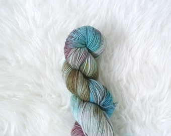 kitchen sink - MCN sock yarn - merino cashmere nylon