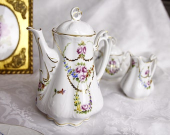 VSC Hand Painted Pirkenhammer Shape Tea Set with 32 oz- Pretty Marie