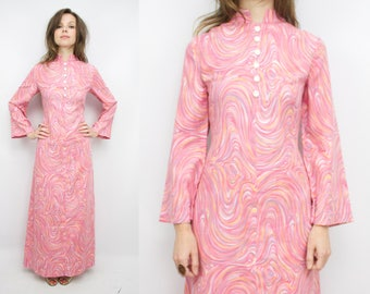Vintage 70's Pink Swirled Maxi Dress / 1970's Bell Sleeve Dress / Trippy / Psychedelic / Women's Size XS/Small