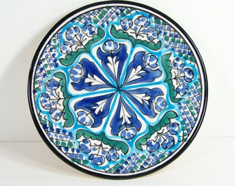 Decorative plate, decorated plate from Nabeul Tunisia blue and green hand painted plate vintage