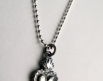 Sacred heart jewelry etsy sacred heart necklace sacred heart pendant sacred heart charm silver heart necklace aloadofball Images