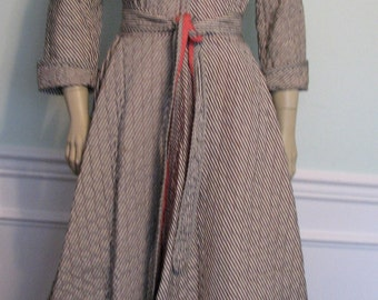 Vintage Robe 1940s Princess Striped Black White Hot Pink Loungees