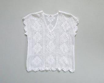 vintage white lace blouse / 60s cotton crochet top / short sleeve shirt / womens S - M