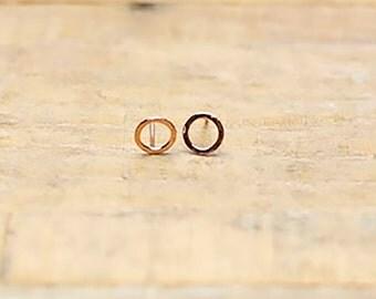 Circle earrings / minimal earrings/ rose gold earrings