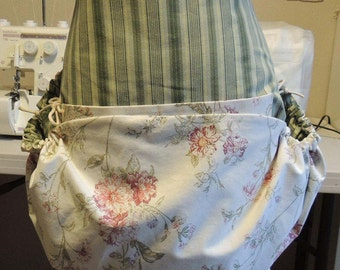Harvesting apron in vintage floral print and green stripe with two large pockets