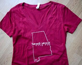 Rammer Jammer - University of Alabama Crimson Tide - Women's Handlettered Calligraphy V-Neck Graphic College Game Day T-Shirt - Graduation