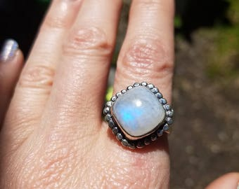 SALE Vintage Rainbow Moonstone Sterling Silver Ring Size 6 3/4 7
