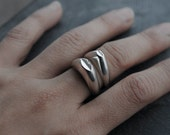 Gros Bisou or Petit Bisou silver ring