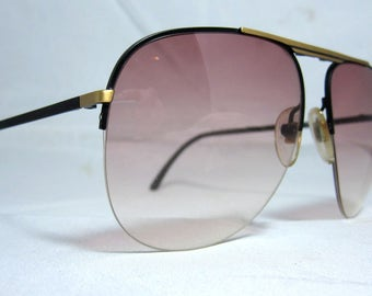 Vintage Sunglasses 70s Folding Aviator Frames with Brown Fade Lenses.