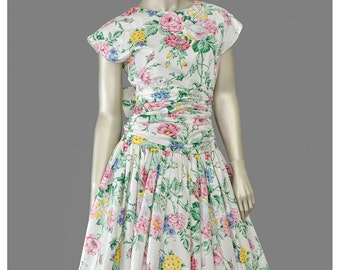 Vintage 80s Party Dress • Romantic White Floral Print Dress with Bow • 1980s does 1950s Dress • Tea Length Full Skirt Fit and Flare Dress