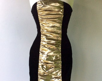 SHOWSTOPPING 1980s Black Velvet with GOLD Lame Detail // Size Xs
