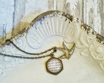sparrow necklace Shakespeare jewelry Romeo and Juliet gift Shakespeare gift Shakespeare necklace for girlfriend bird necklace word jewelry