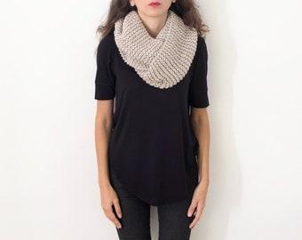 Women Cute Top Chunky Cowl Wool, Infinity Wrap Women Gift Top Unique, Gift Wrap Oatmeal Stone Beige Warm Top, Oversized Scarf Warm Plus Size
