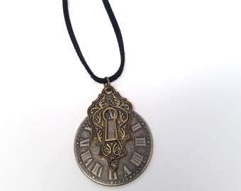 Clockface Keyhole Necklace