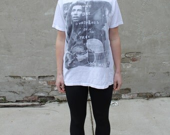 """Bob Marley Classic White T-Shirt """"None But Ourselves Can Free Our Minds"""""""