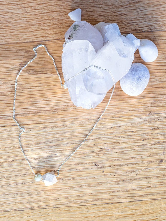 Gemstone Diffuser Necklace (Silver)