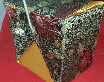 Yang brand purse , Yang Oyster Pail Purse, Oriental style purse, Red/Gold/Black Oyster Pail Purse, Yang purse , Vintage Yang purse, Oriental