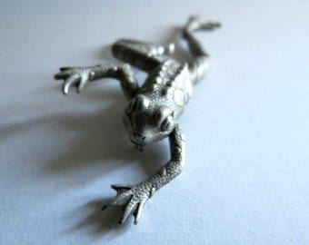 Frog Brooch - Signed JJ - Jonette - Pewter Tone - Pin  - Artifacts - Costume Jewelry - Vintage -