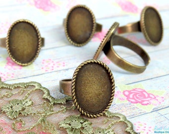 NEW Oval Brass Ring Blank setting for 13x18 mm Cabochon, adjustable band, antique gold bronze plating, oval bezel base in Vintage style