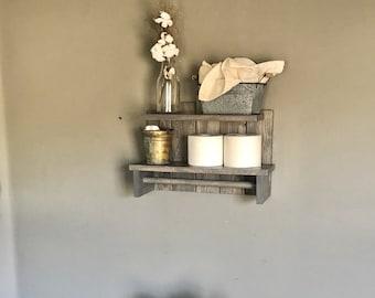 Rustic Shelf with Rod, Bathroom Decor, Rustic Decors, Bath Towel Storage, Wood Bath Decor, Rustic Decor, Farmhouse Decor, Rustic Shelf