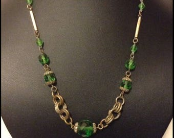 Vintage Czech green crystal Art Deco necklace