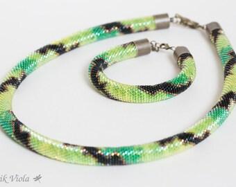 "Seed bead set ""Green snake"""