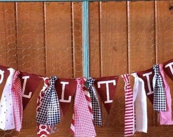 Roll Tide Banner and Rag Garland