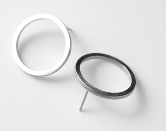 Open Circle Earrings - Circle Stud Earrings - Circle Earrings - Minimal Earrings - Round Earrings - Stud Earrings - Open Ring Earrings