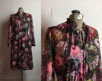 Vintage Bohemian Floral Dress | Pink and Gray Floral | M medium | Retro | Hippie | Bohemian | 1970's