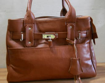 Cassy Leather Tote