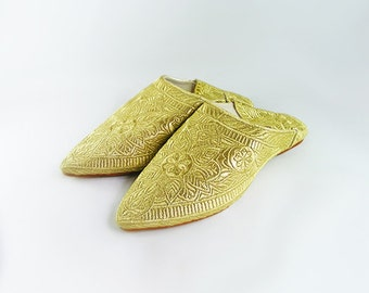 Slipper shoe embroidered in gold thread, slippers for wedding / evening / Moroccan ceremony - bridal and wedding shoes