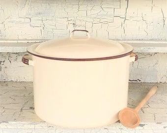 Tan and Brown Enamel Pot, Vintage Enamel Stock Pot, Soup Pot