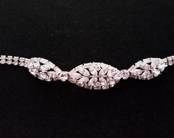 Structured Vintage Signed Sherman Clear Bracelet