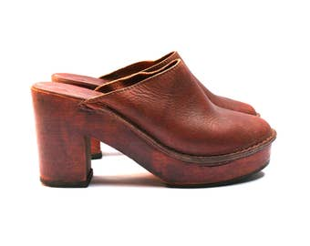 Vintage hippie BALIZZA clogs, Brown leather and wooden heels & soles, Size fr 36 / uk 3.5 / us 5