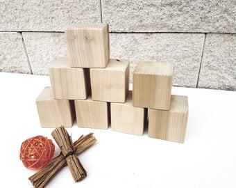 6 cm wooden cubes
