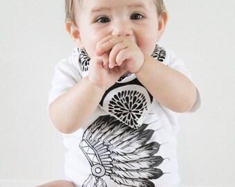Baby headdress print bodysuit