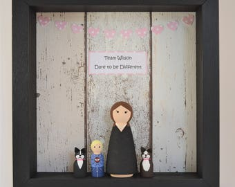 Personalised (4) Peg Doll Family Frame - Black Frame With 4 Family Members